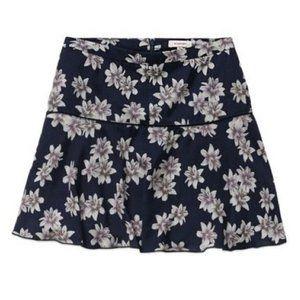 Aritzia Sunday Best Zelda skirt navy floralsize 2